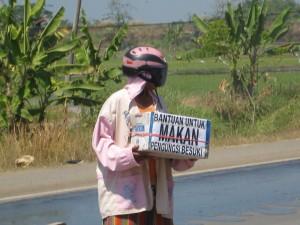 Aktivitas Pengungsi Desa Besuki (Juli 2008)